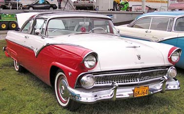 1955 Ford Skyliner Crown Victoria right front view